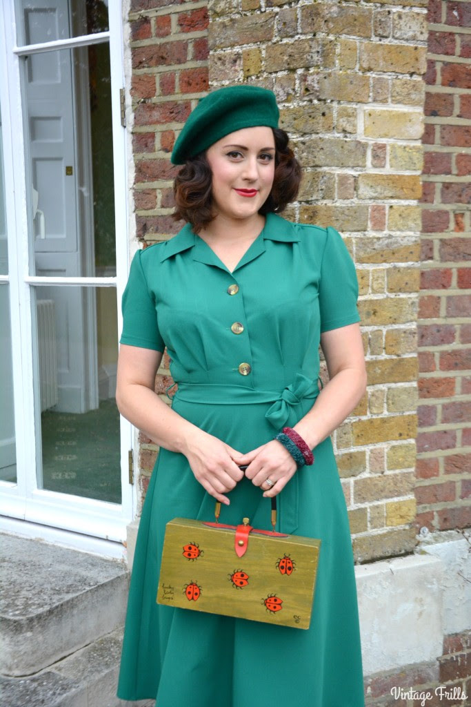 the perfect 1940s style dress from pretty retro ootd