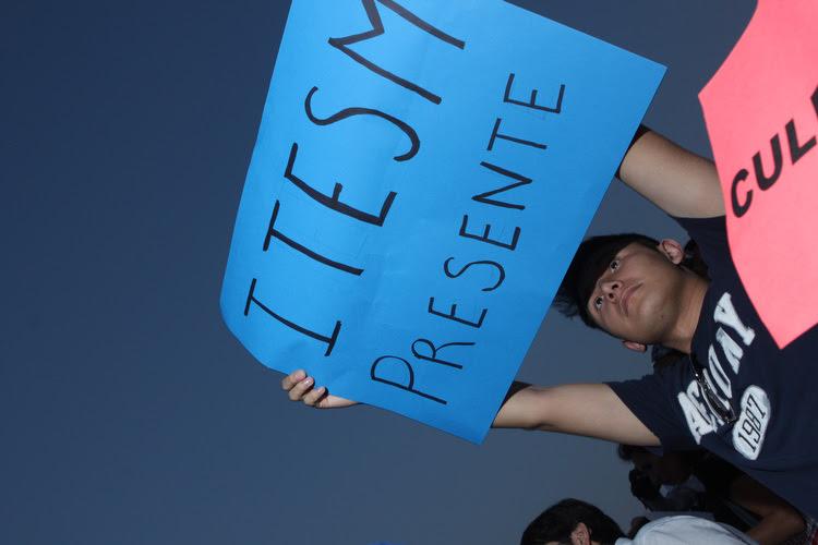 Protesta Propuesta SEguridad NL 2010