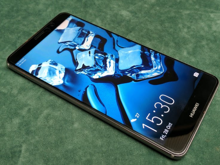 mua điện thoại Huawei ở việt nam