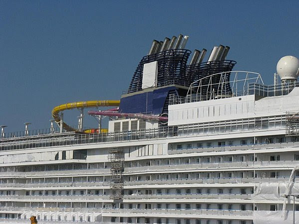 NORWEGIAN EPIC 004