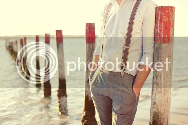 http://i892.photobucket.com/albums/ac125/lovemademedoit/ML_beachtrashthedress_004.jpg?t=1300698294