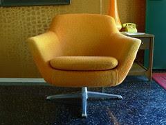 Overman Pod Chair 02