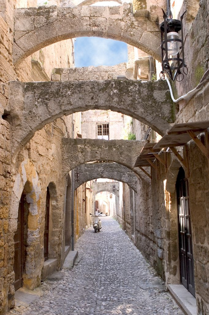 Me Val Town Landmarks Tour Of Rhodes Rhodes Greece