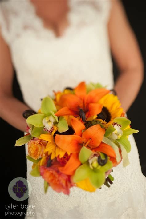 Wedding Wednesday: Fabulously Fall   Beautiful Blooms