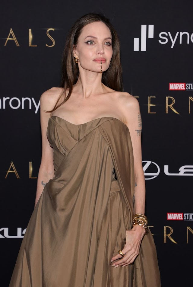 Angelina Jolie Marvel / Angelina Jolie Resmi Gabung Marvel Lewat The Eternals