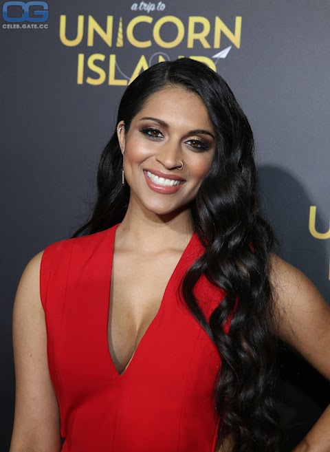 Lilly Singh Nude Hot Photos/Pics   #1 (18+) Galleries