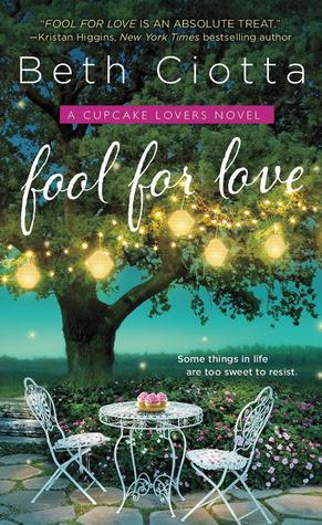 Fool for Love (Cupcake Lovers, #1)