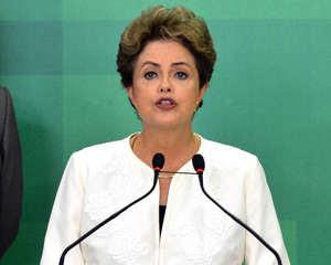 Dilma ataca Cunha ao falar sobre processo de impeachment