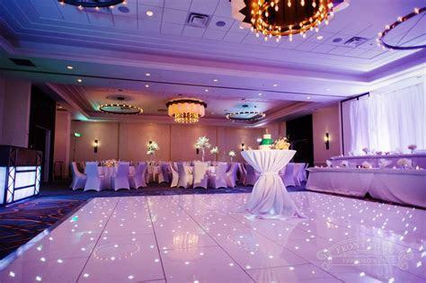 Milwaukee Marriott Downtown   Greek Wedding by Front Room