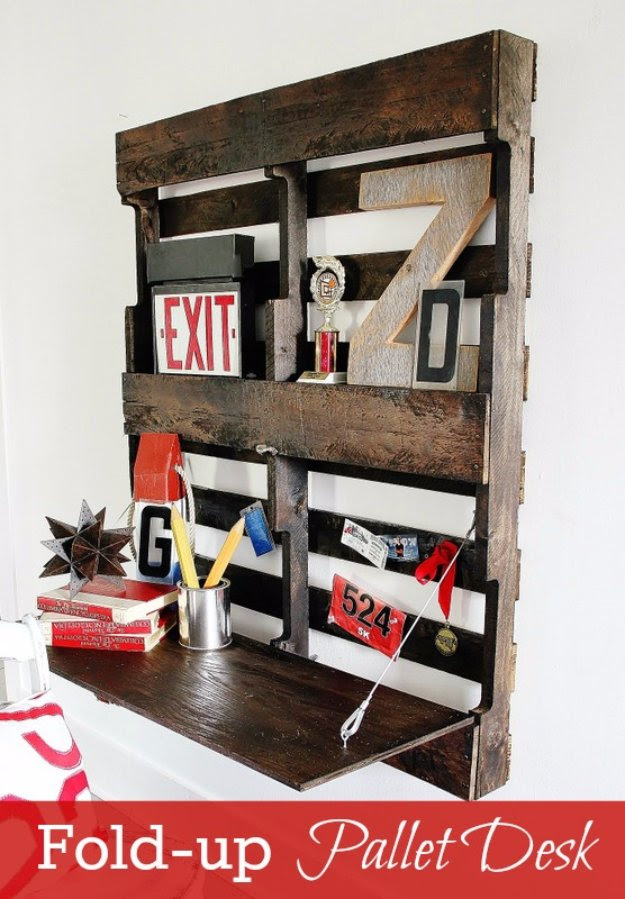 DIY Pallet Furniture Ideas - DIY Pallet Fold up Desk  - Best Do It Yourself Projects Made With Wooden Pallets - Indoor and Outdoor, Bedroom, Living Room, Patio. Coffee Table, Couch, Dining Tables, Shelves, Racks and Benches http://diyjoy.com/diy-pallet-furniture-projects