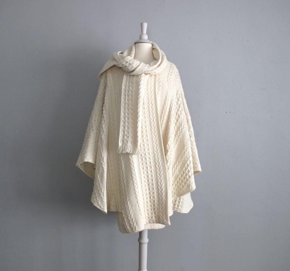 vintage ARAN IRISH wool scarf cape coat