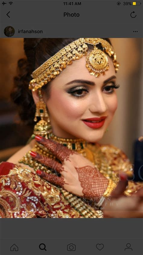 1000  ideas about Desi Bridal Makeup on Pinterest   Indian