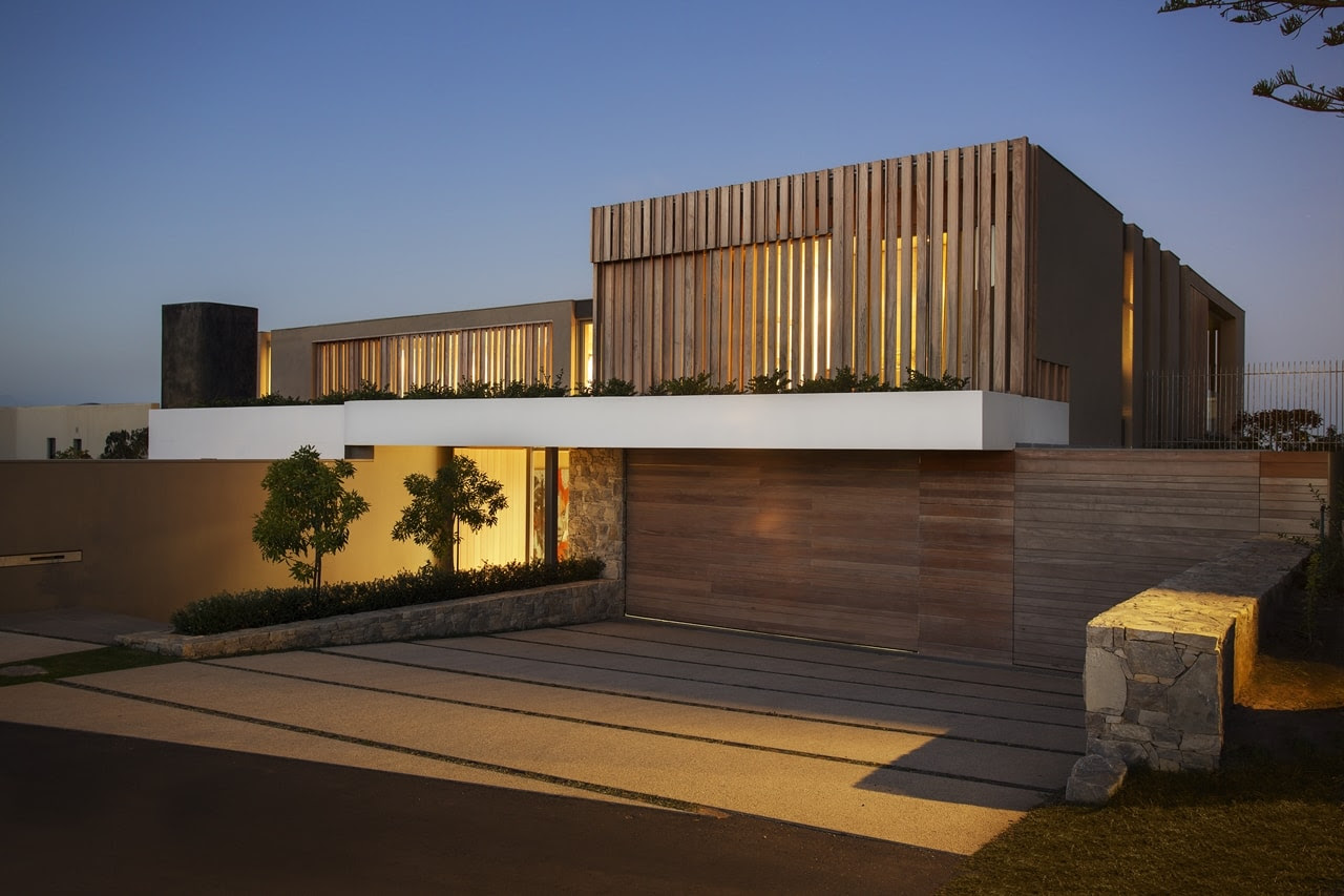 Wooden facade: Modern house design by SAOTA Architecture Beast - Contemporary House Facades, Tags Exterior Materials Modern House In Bynengen.club