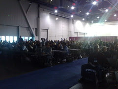 #pubcon audience waiting for keynote to begin
