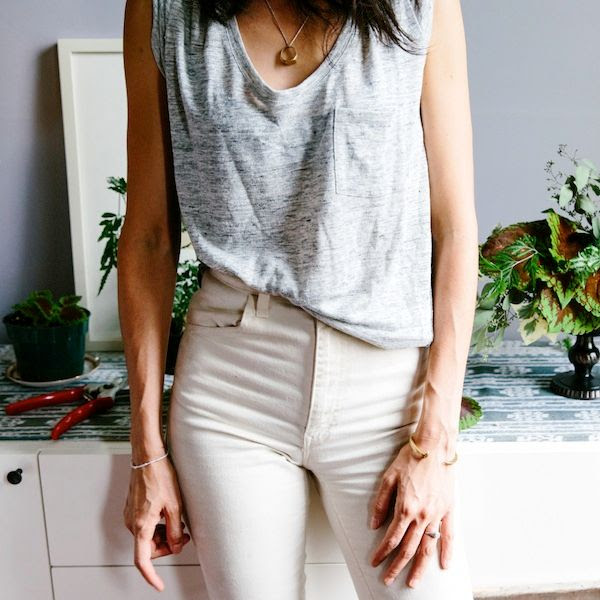 Le Fashion Blog -- Casual Neutrals -- Grey Pocket Tee, Ring Necklace and Off White High Rise Jeans -- Florist Lisa Przystup -- Via Madewell Musings -- James Daughter Flowers -- photo Le-Fashion-Blog-Casual-Neutrals-Grey-Pocket-Tee-Ring-Necklace-Off-White-High-Rise-Jeans-Lisa-Przystup-Via-Madewell-Musings.jpg