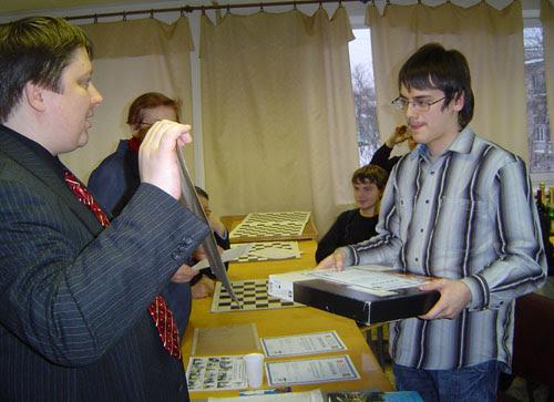 Картинки по запросу фото гроссмейстер Евгений Левин