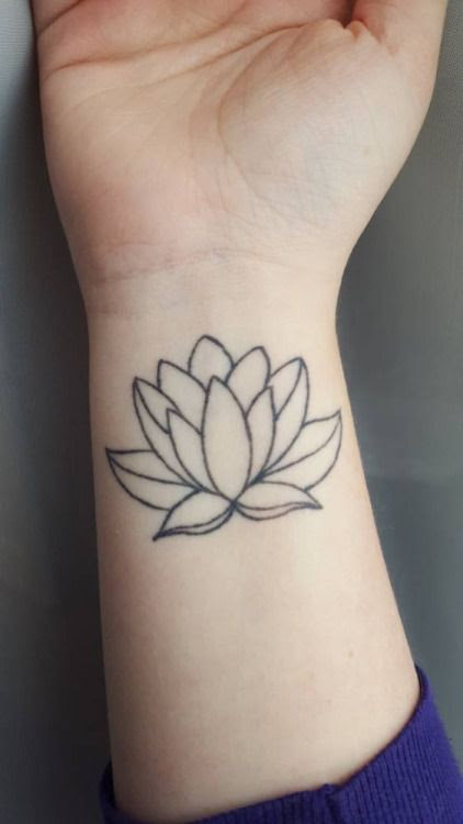 Black Outline Lotus Flower Tattoo On Leg