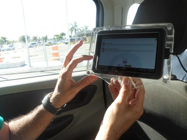 tablets taxis em salvador (Foto: Reprodução / TV Bahia)