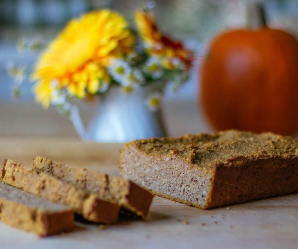 Paleo-friendly pumpkin bread recipe