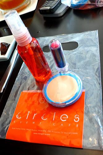 circles edible makeup