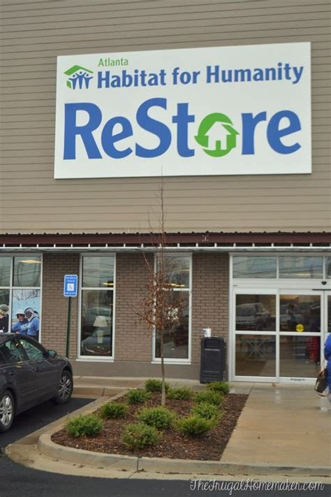 Shopping at a Habitat for Humanity Restore: must remember