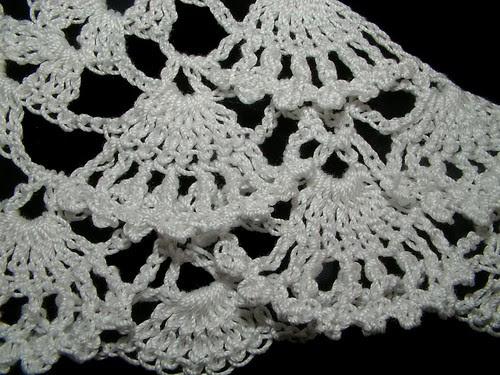 fan shawl