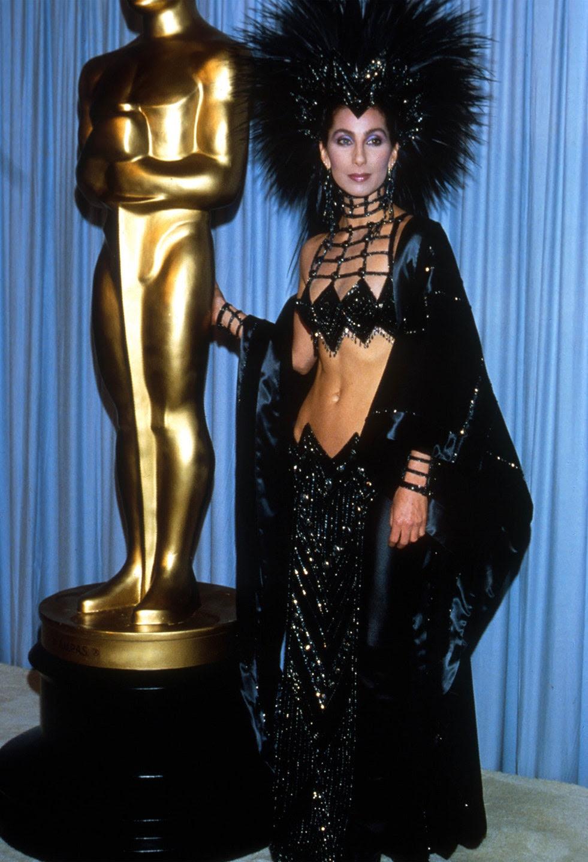 Cher's 1986 Oscar outfit