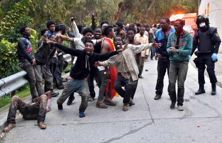 Résultats de recherche d'images pour «migrants ceuta»