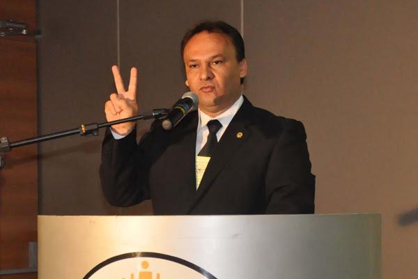Santana: escassez de recursos prejudica programas em áreas essenciais das prefeituras brasileiras