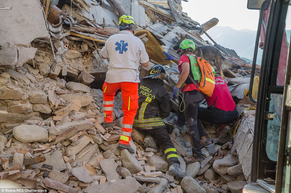 As dawn broke on Thursday, rescue workers in Amatrice continued to search for survivors of the central Italian earthquake