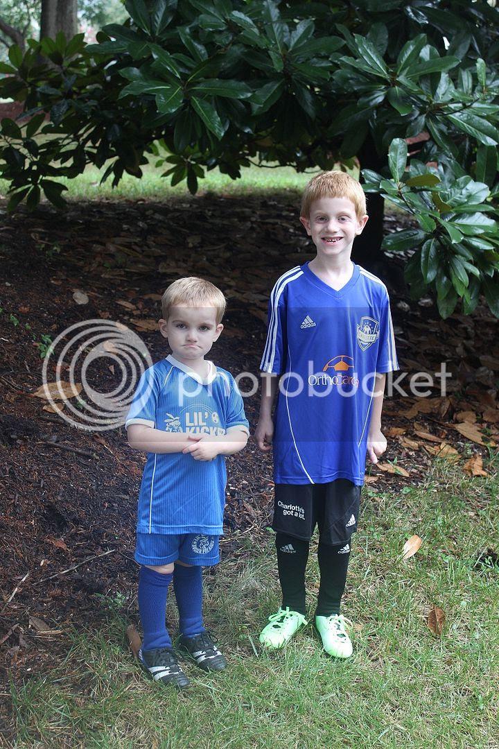 photo soccer1_zps0d4a72e2.jpg