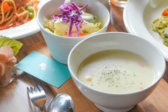 甜花園咖啡館/咖啡/飲料/甜點/義大利麵/焗烤/牛排/約會