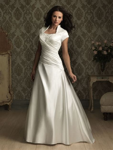 This A line satin gown is ruched asymmetrically creating a