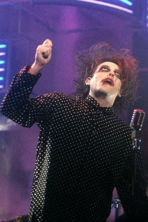 Pin by Pam L on WHY CAN'T I BE YOU   Robert smith the cure