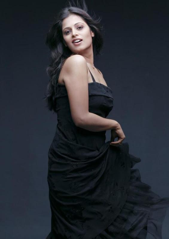 sindhu menon latest hot photo shoot stills 31 Sindhu Menon Latest Hot Photo Shoot Stills