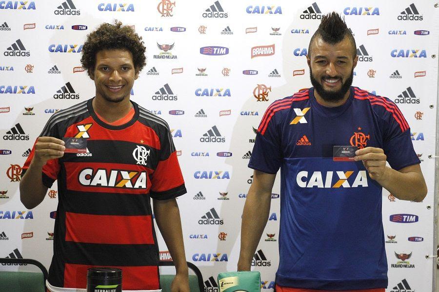 William Arão e Alex Muralha reforçam o Flamengo em 2016/ Foto: Gilvan de Souza/Flamengo