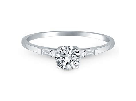 Tapered Baguette Diamond Engagement Ring Mounting in 14k
