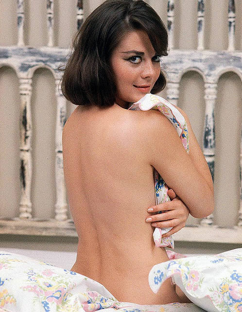 http://dailyman40.com/wp-content/uploads/2013/09/Natalie-Wood-Hot.jpg