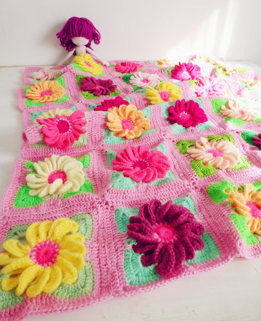 Baby Blanket Floral crochet pattern - Gerbera 3D Flower granny square - photo tutorial girl floral blanket - Instant DOWNLOAD - bySol