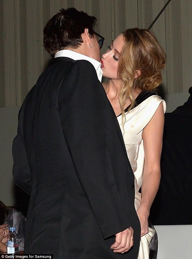 O fim: Em uma declaração conjunta lançado exclusivamente para Daily Mail on-line o casal descreveu sua relação como 'apaixonado' e às vezes 'volátil'