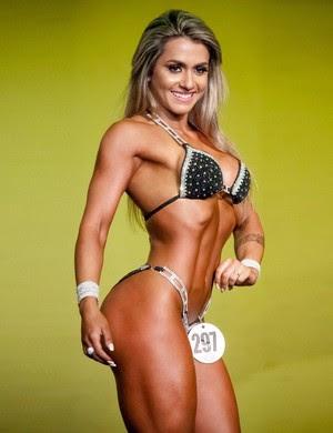 Atleta Mari Reis irá tentar o título brasileiro de fisiculturismo no próximo final de semana em Brasília (Foto: Arquivo Pessoal)