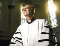 """Pastor """"famoso"""" por realizar casamentos de celebridades afirma que o casamento não é eterno"""