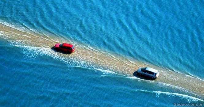 Essa estrada incrível na França desaparece na água duas vezes por dia