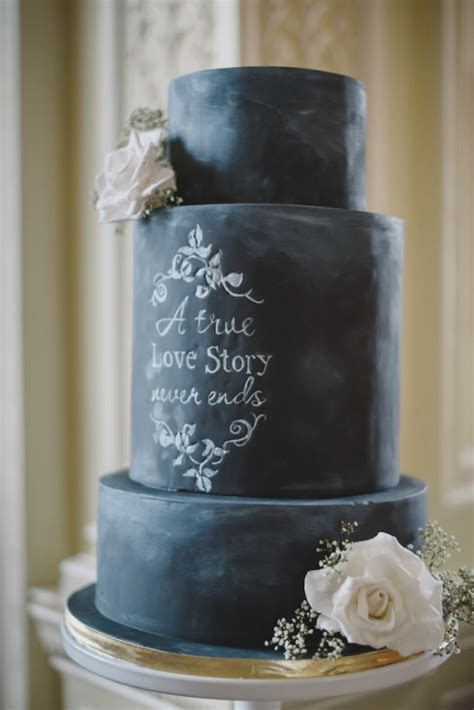 Chalkboard wedding ideas & inspiration for a rustic wedding
