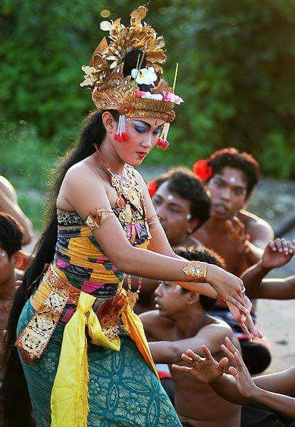 Uluwatu Temple Indonesia  StyleRug