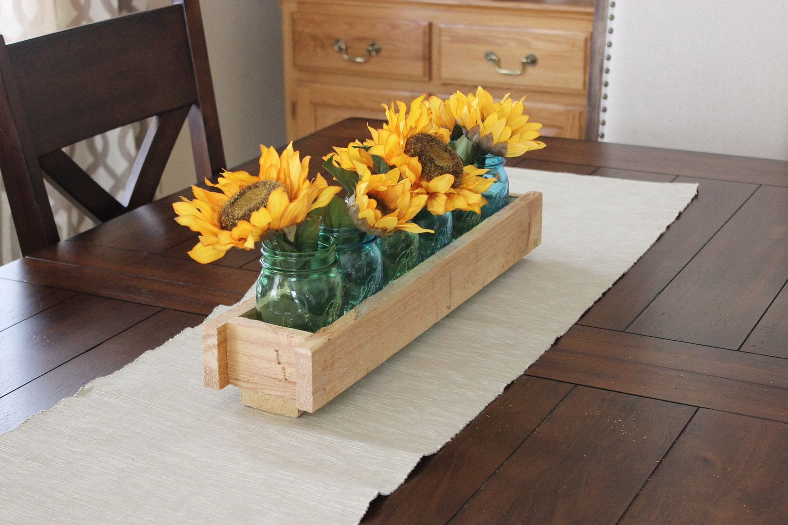 Pallet Wood Centerpiece - Kathe With An E