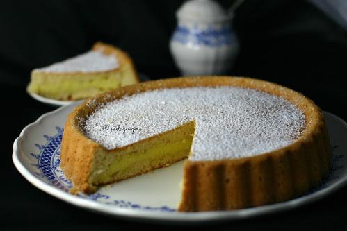 Torta Nua cotta con la crema