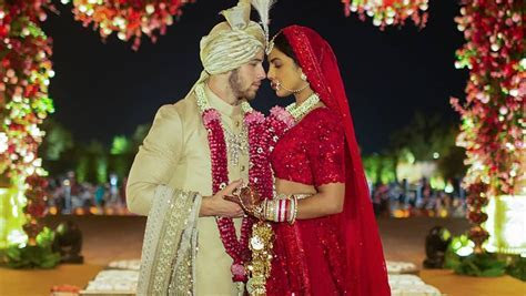 First pictures of Priyanka Chopra's wedding dress (and