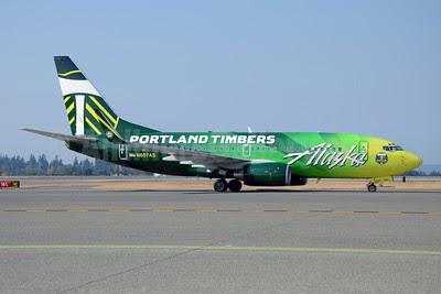 Alaska Airlines Boeing 737-790 WL N607AS (msn 29751) (Portland Timbers) SEA (Bruce Drum). Image: 102531.