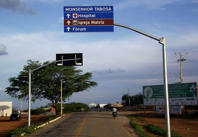 Resultado de imagem para hospital de Monsenhor Tabosa